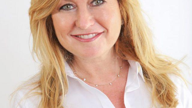Linda Simon – Century 21 Real Estate Broker